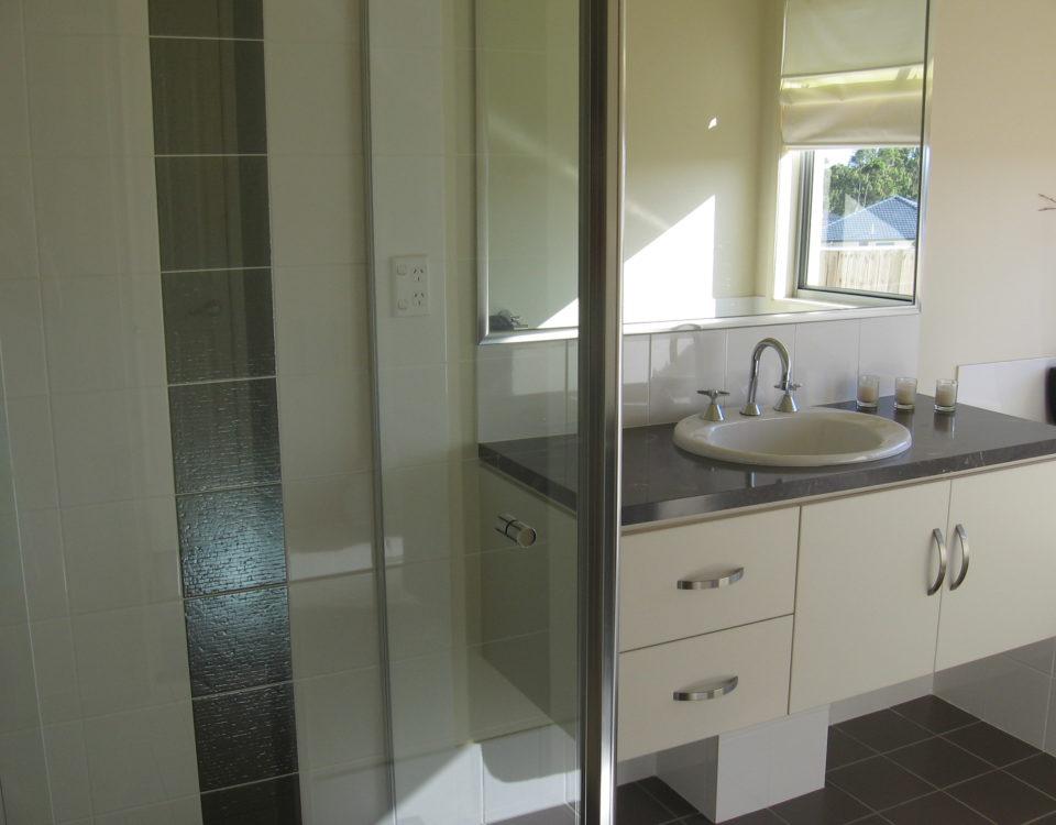 Bathroom renovation, Parkwood 4214